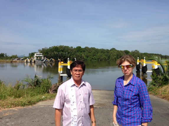 Ishak Liz Lawas river ferry