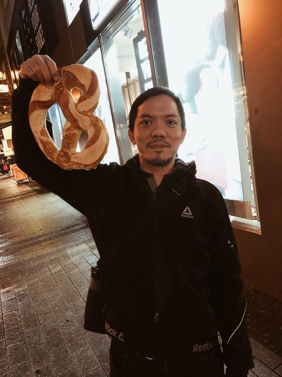 jaafar and pretzel